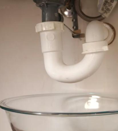 bowl-under-sink.png