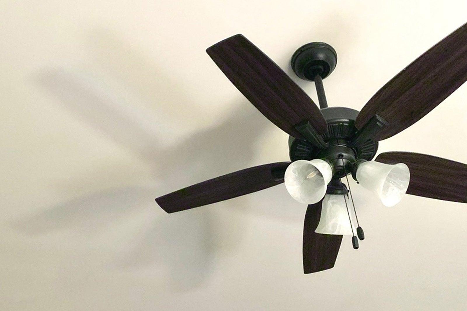 install_ceiling_fan.jpg