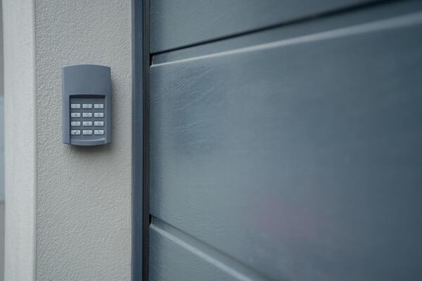 How to Troubleshoot a Garage Door Keypad